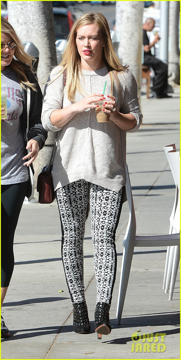 hilary duff grabs coffee with gal pal in beverly hills 04