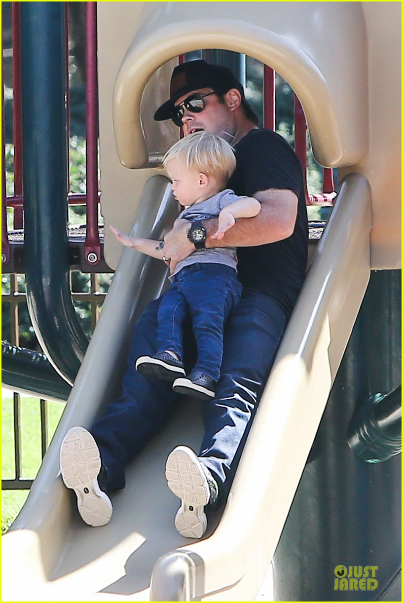 hilary duff mike comrie slides with luca 03