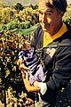 josh duhamel ferguson crest winery with fergie axl 03