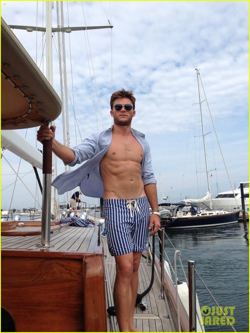 scott eastwood being considered for fifty shades of grey 02