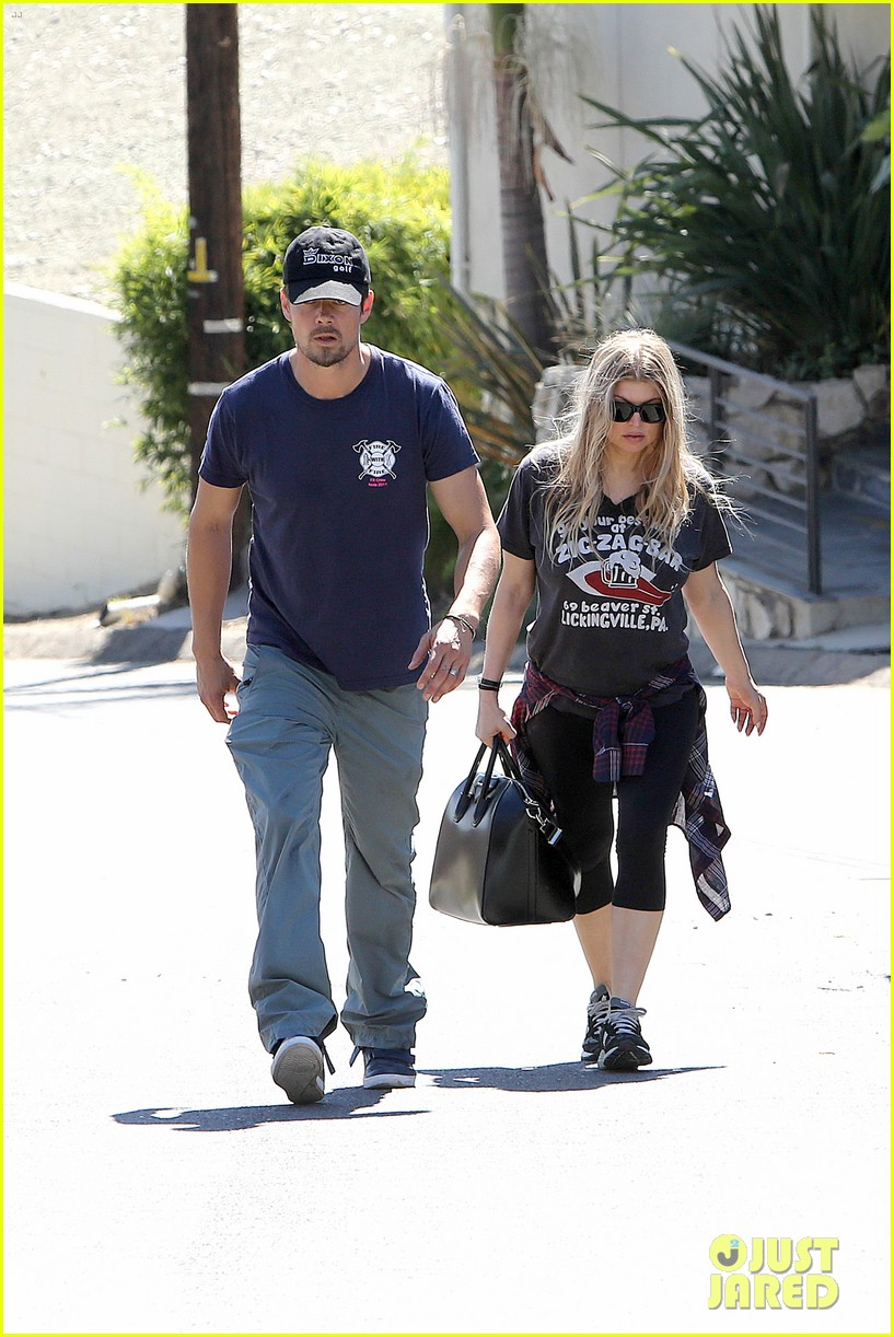 fergie josh duhamel check progress on their new home 25