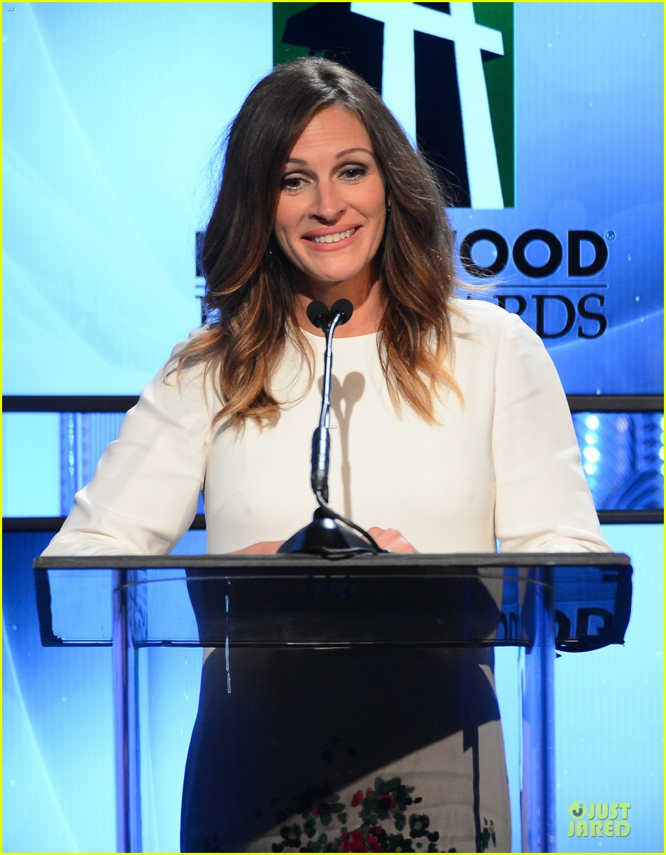 jennifer garner julia roberts hollywood film awards 2013 17