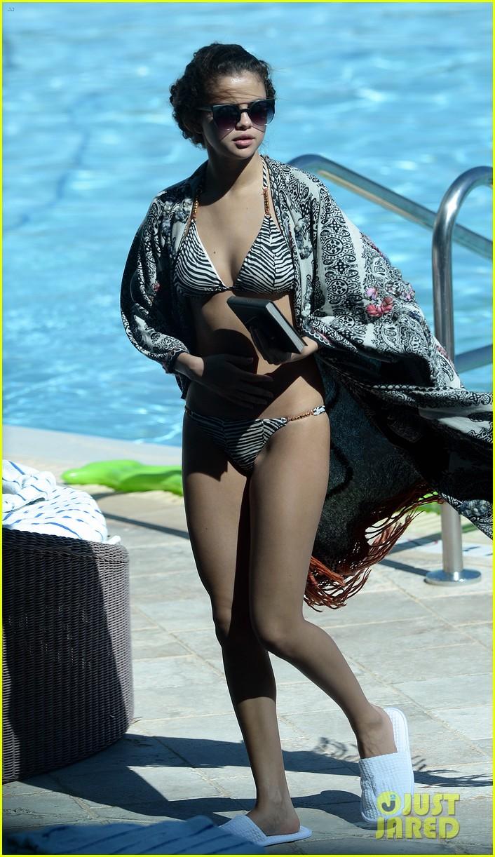 selena gomez bikini beach babe in miami 032982221