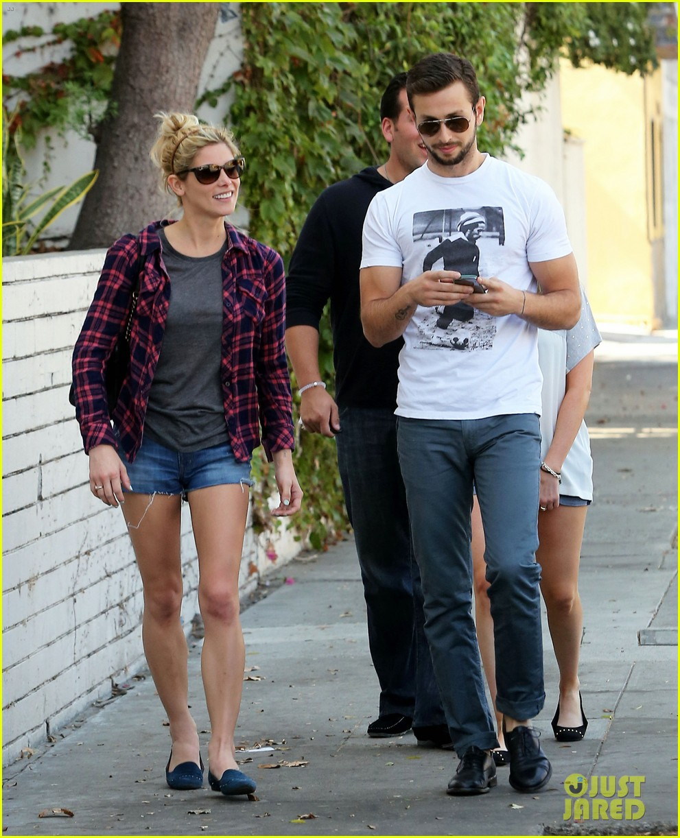 ashley greene paul khoury hang out with friends 15