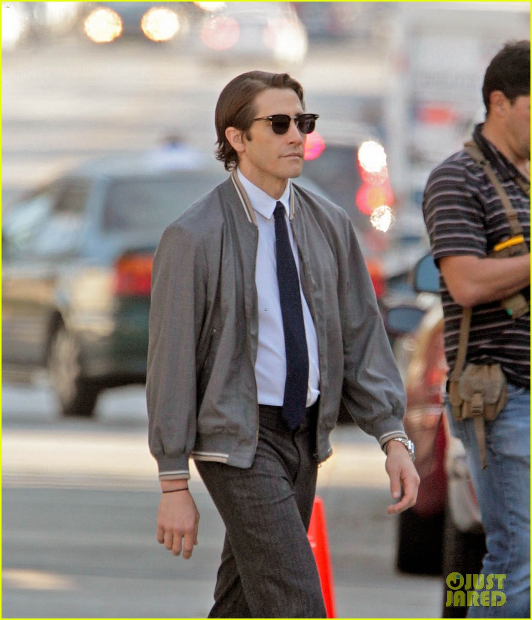 jake gyllenhaal looks slimmed down for nightcrawler shoot 04