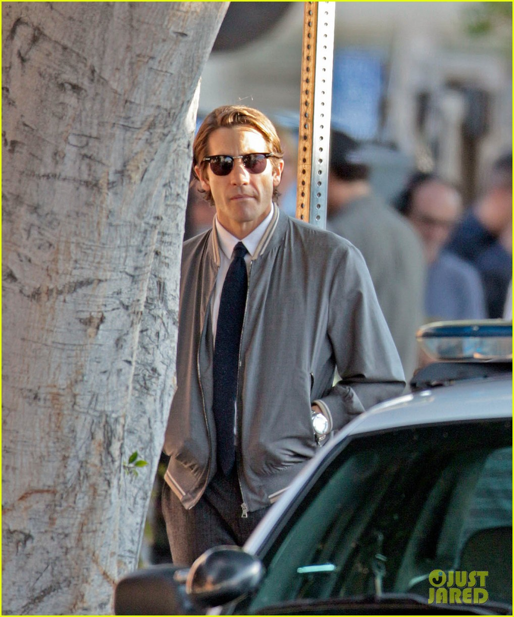 jake gyllenhaal looks slimmed down for nightcrawler shoot 112971611