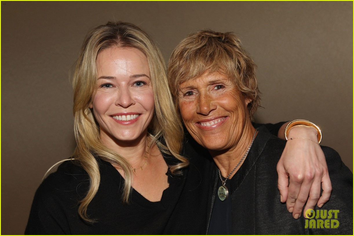 chelsea handler interviews diana nyad at fortune summit 032973250