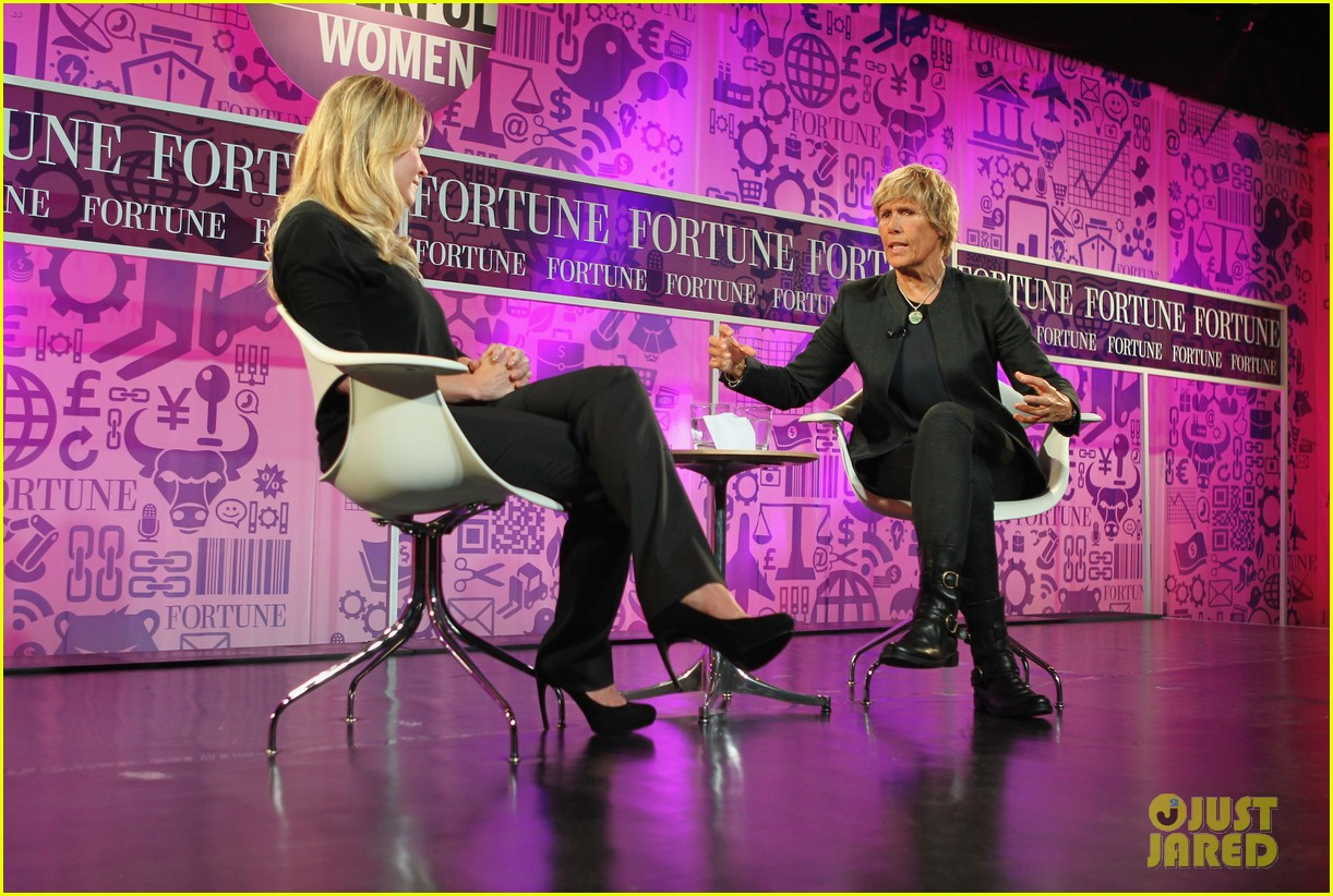 chelsea handler interviews diana nyad at fortune summit 08