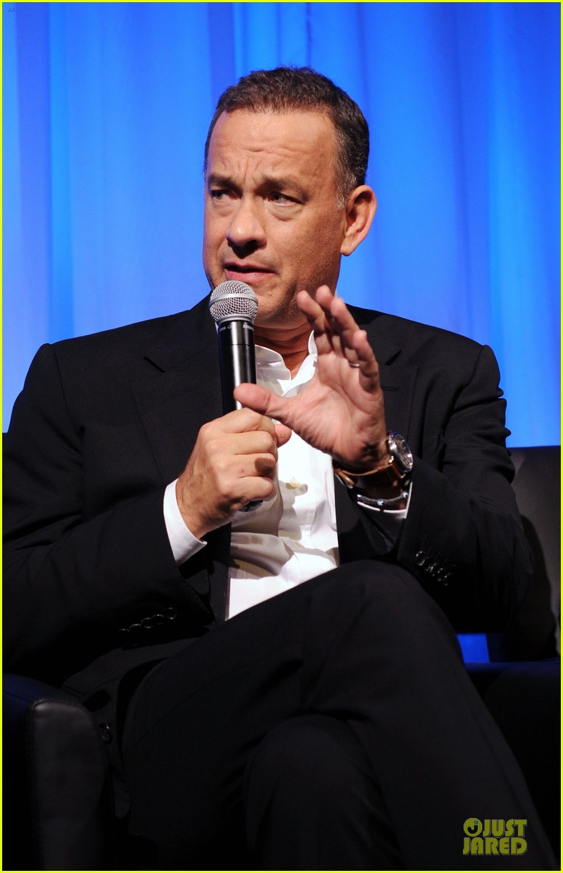 tom hanks we filmed close enough to see each others pores 02
