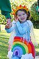 alyson hannigan family leprechaun halloween costume 2013 04