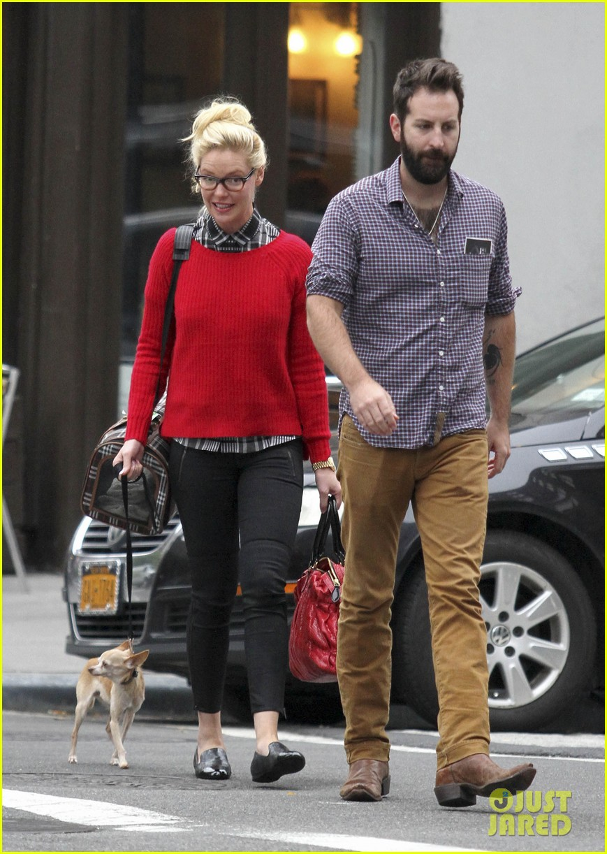 katherine heigl josh kelley tribeca stroll with mom nancy 032967679