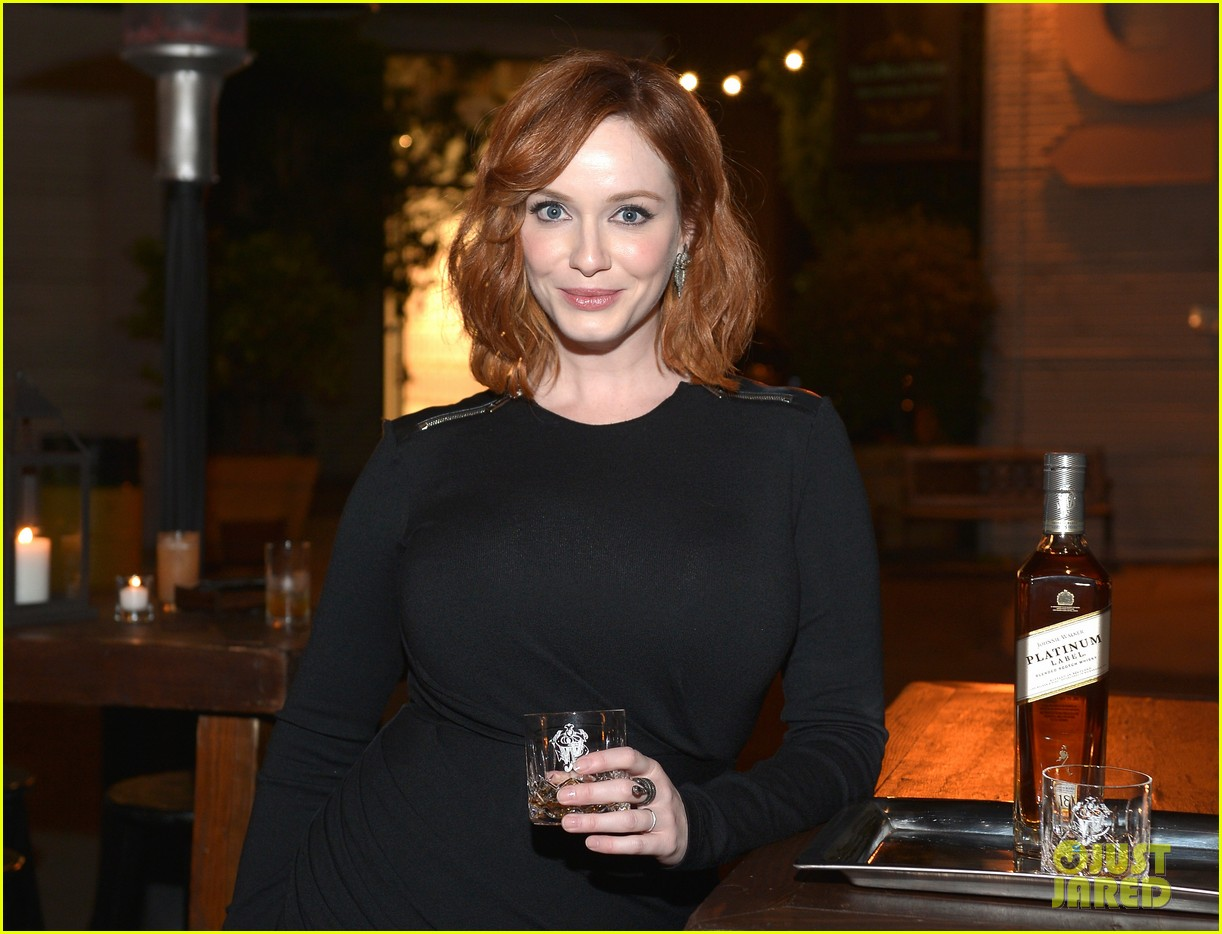 christina hendricks toasts johnny walker platinum 062977619