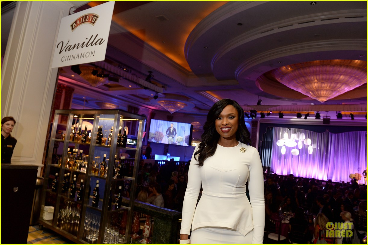 jennifer hudson jesse tyler ferguson variety power of women 23