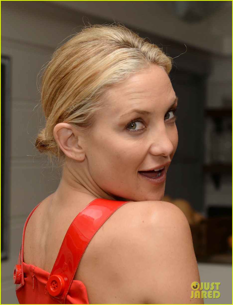 kate hudson gareth pugh dinner after fabletics launch 02