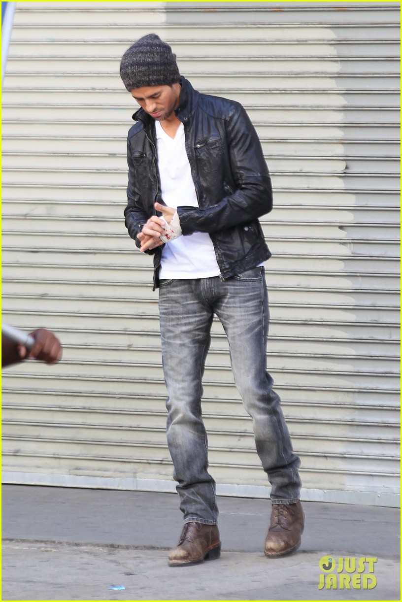 enrique iglesias films heart attack music video 20