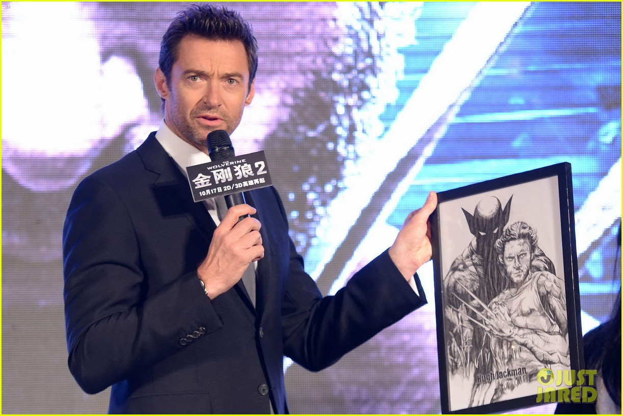 hugh jackman premieres the wolverine in china 07