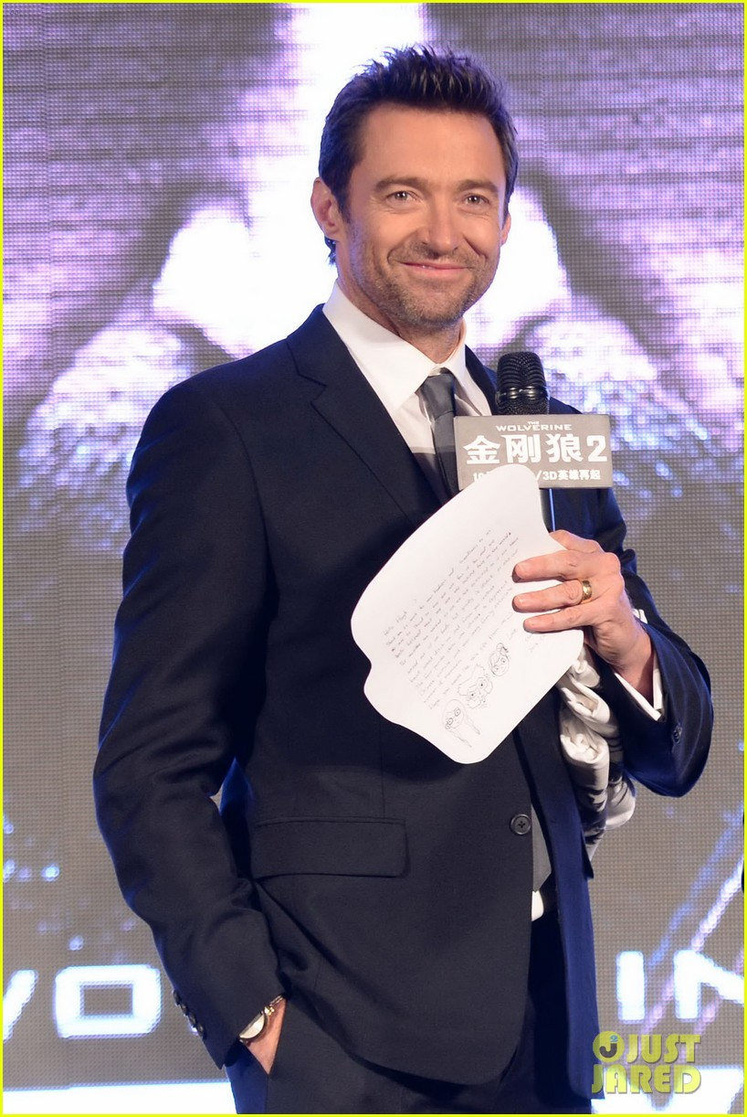 hugh jackman premieres the wolverine in china 09