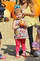 jessica alba cash warren pumpkin patch fun with honor haven 38