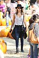 jessica alba cash warren pumpkin patch fun with honor haven 44