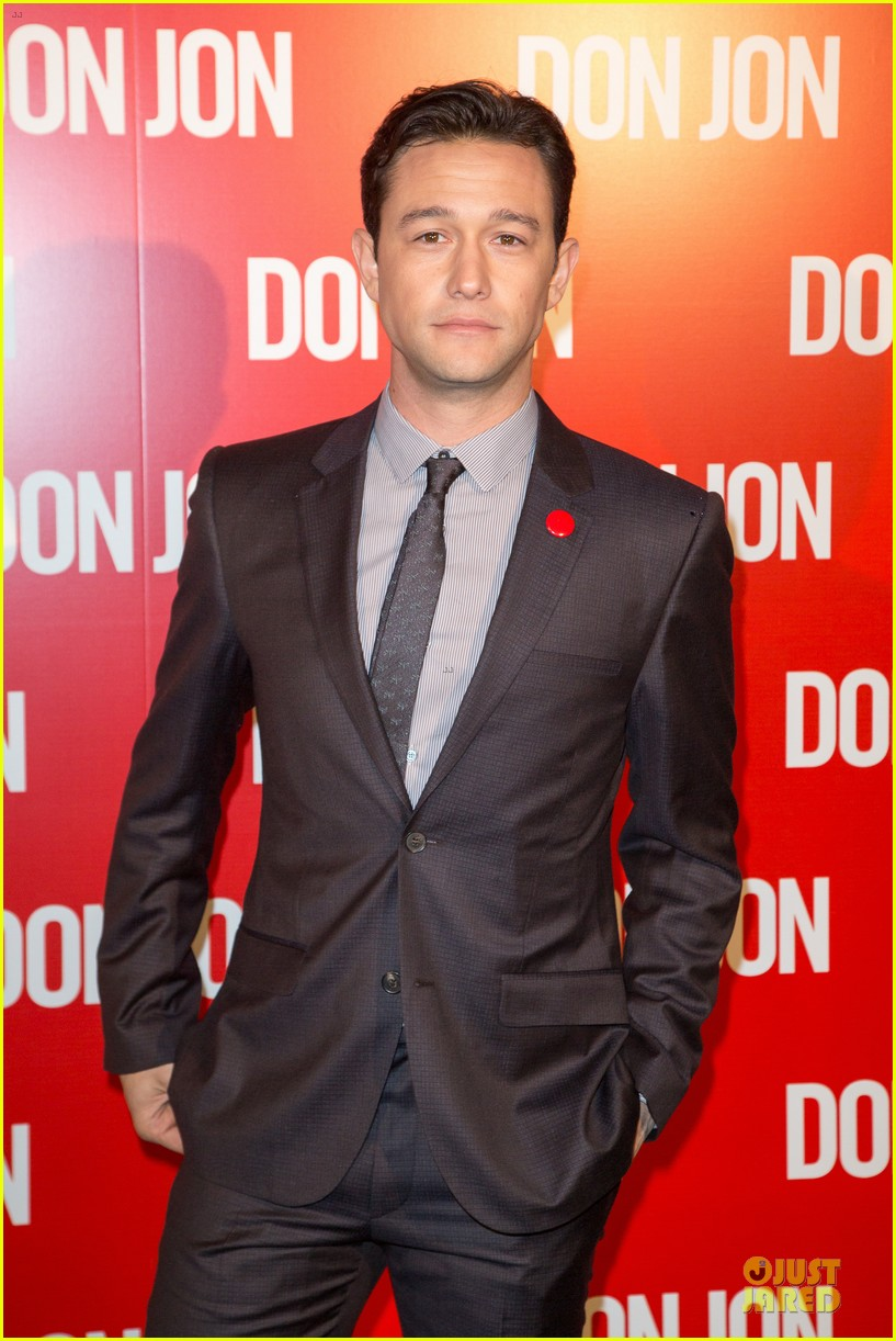 joseph gordon levitt front runner for ant man lead 05