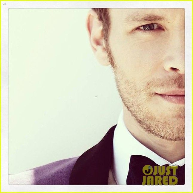 joseph morgan bello magazine october 2013 042976225