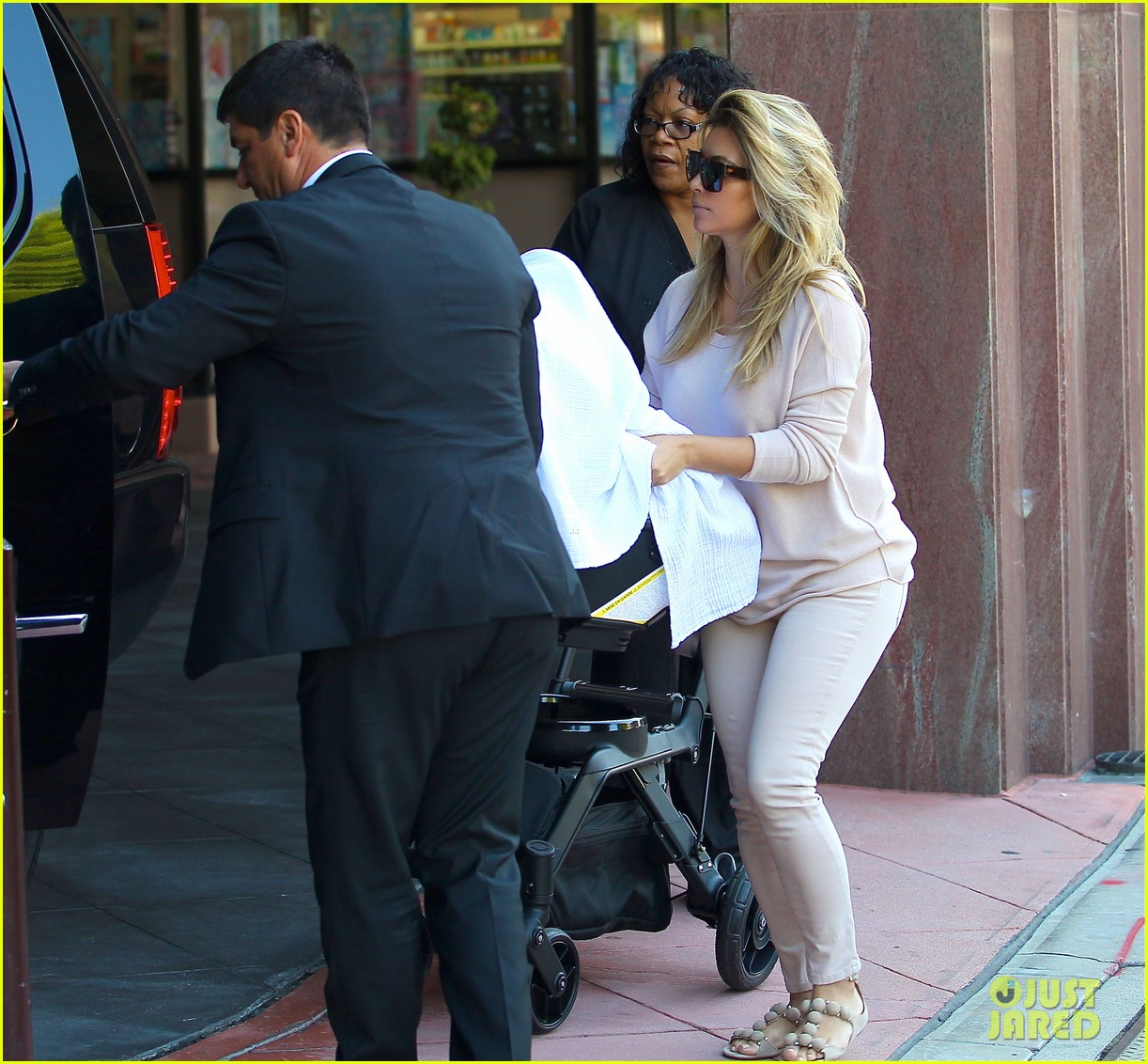 kim kardashian kanye west take north west to doctor 11