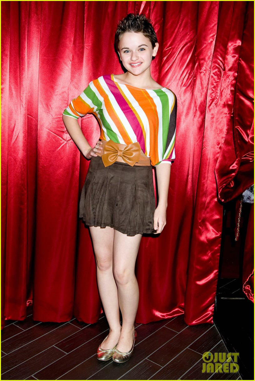 joey king becca tobin just jared halloween party 2013 07