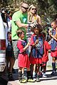 heidi klum martin kirsten kids soccer game duo before lax 04