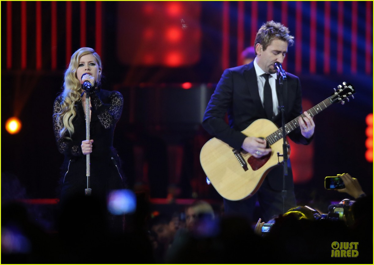 avril lavigne chad kroeger we day couple in vancouver 07