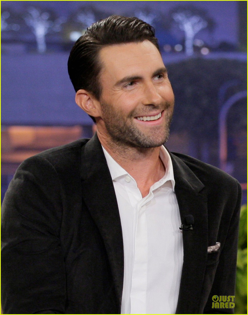 adam levine family guy guest starring cameo on sunday 04