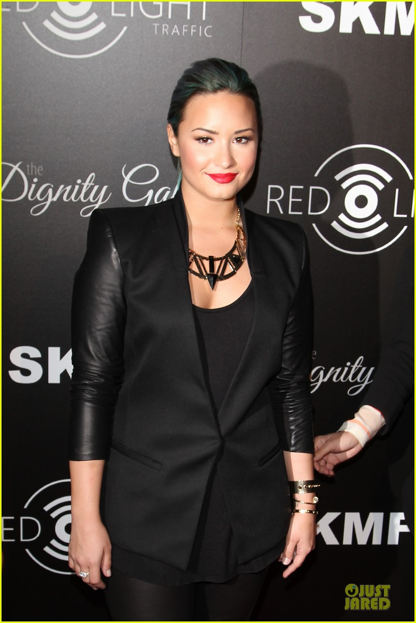 demi lovato redlight traffic app launch 02