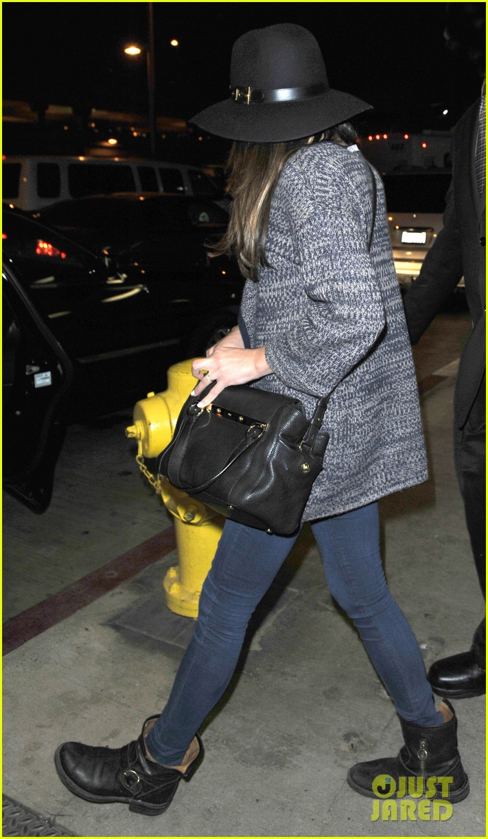 lea michele jets out of los angeles after haunted hayride fun 04