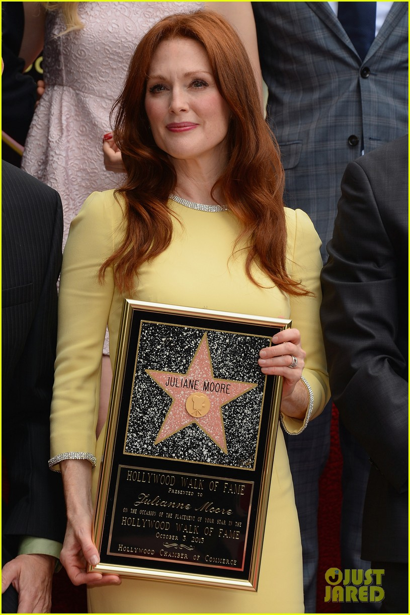 julianne moore hollywood walk of fame ceremony 07
