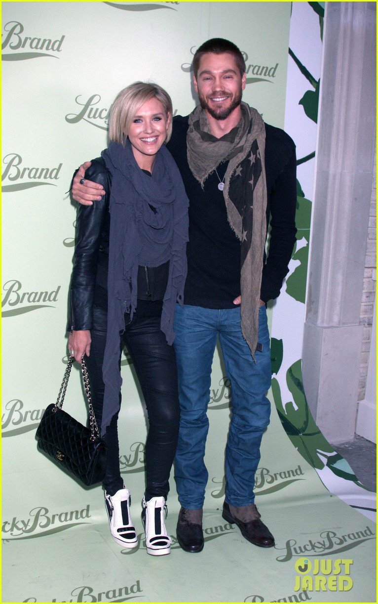 chad michael murray nicki whelan lucky brand store opening 062982835