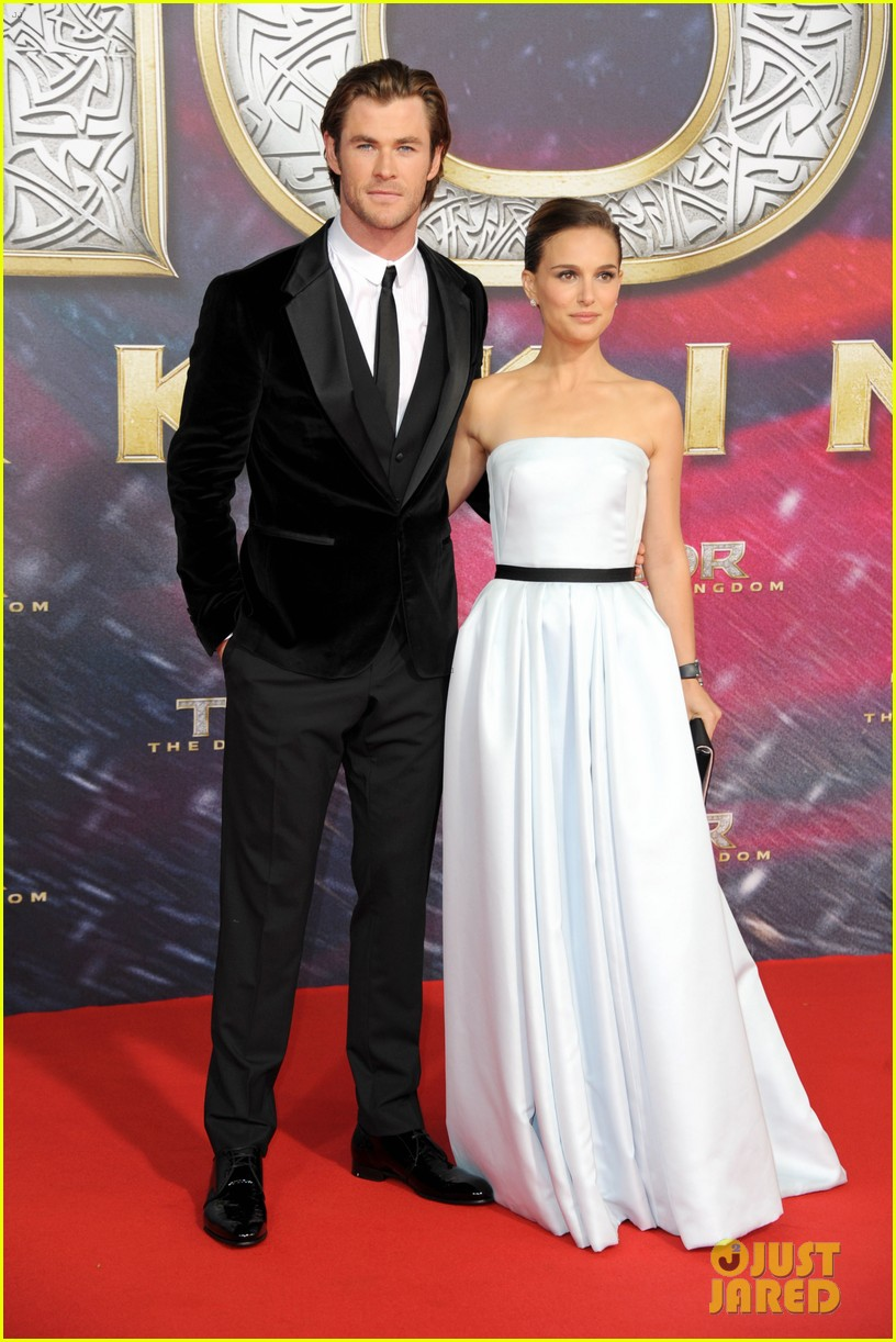 natalie portman chris hemsworth thor berlin premiere 12