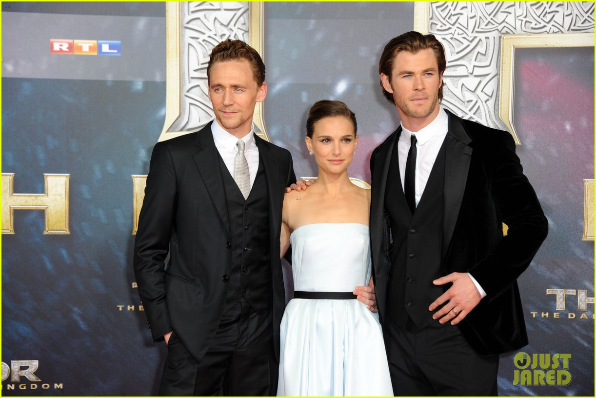 natalie portman chris hemsworth thor berlin premiere 27