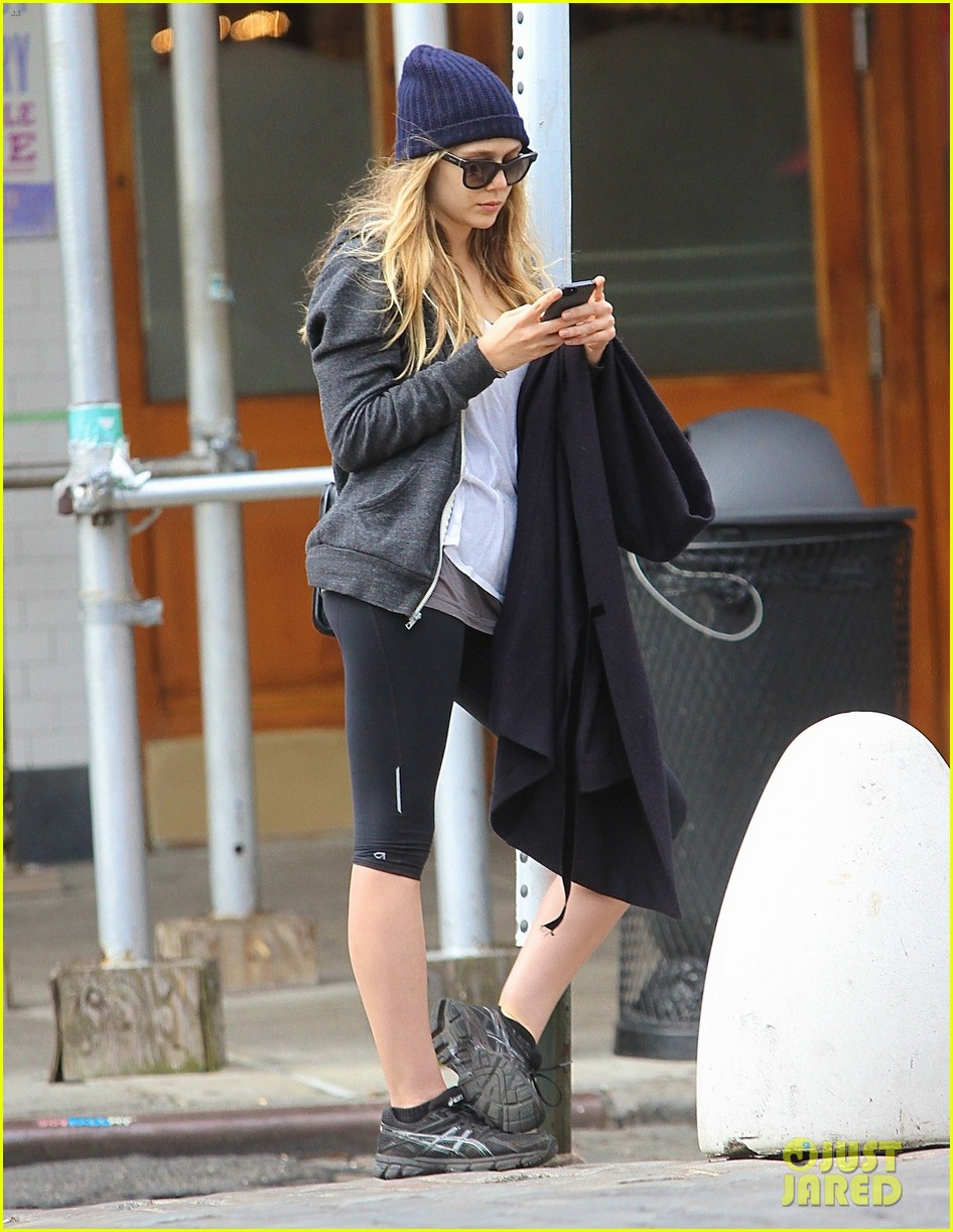 elizabeth olsen low key nyc lunch 022977843
