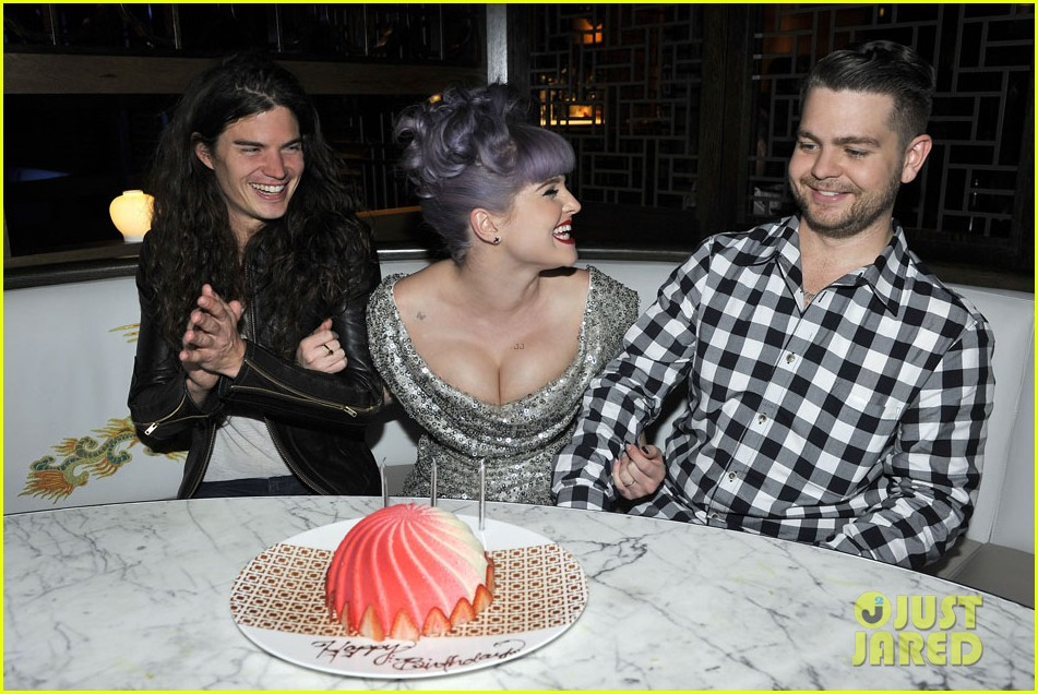 kelly osbourne celebrates birthday amid lady gaga feud 10