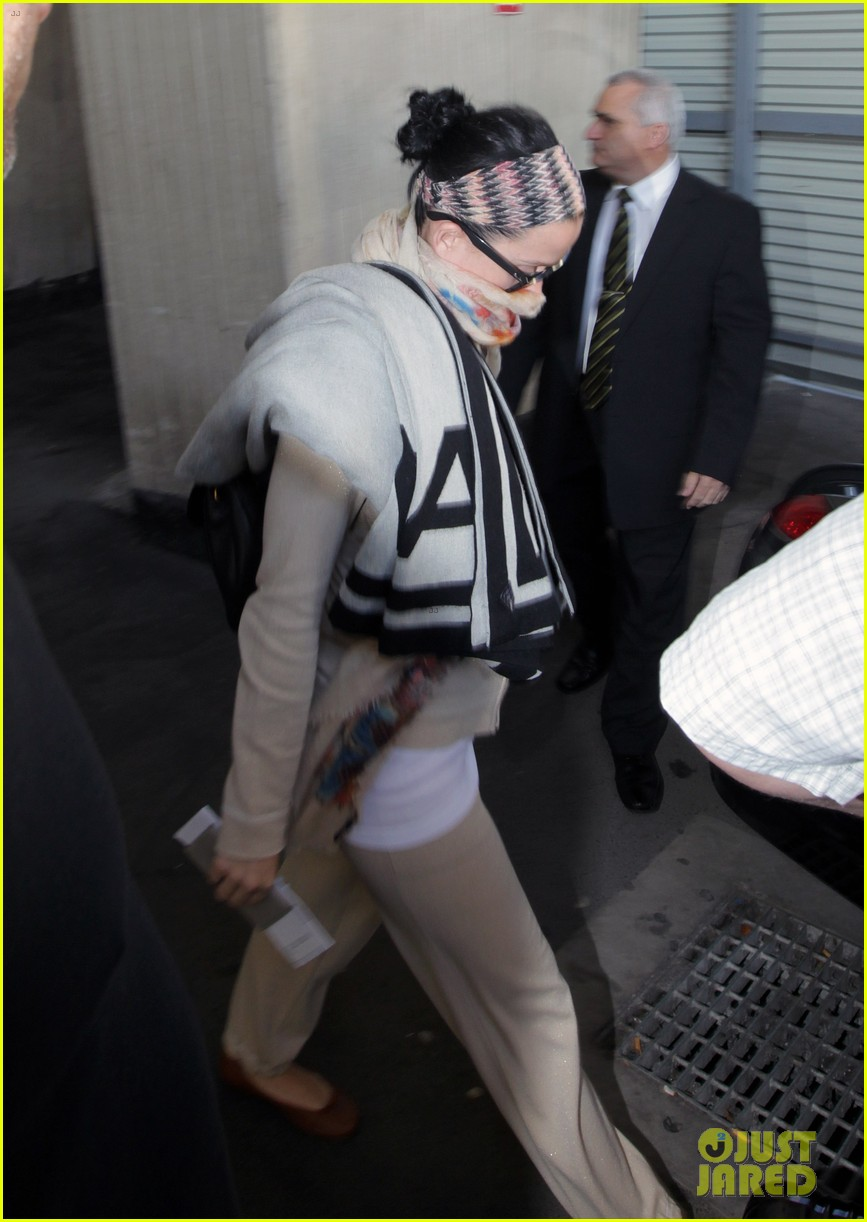 katy perry bikes in sydney thanks fans for bday wishes 052981413