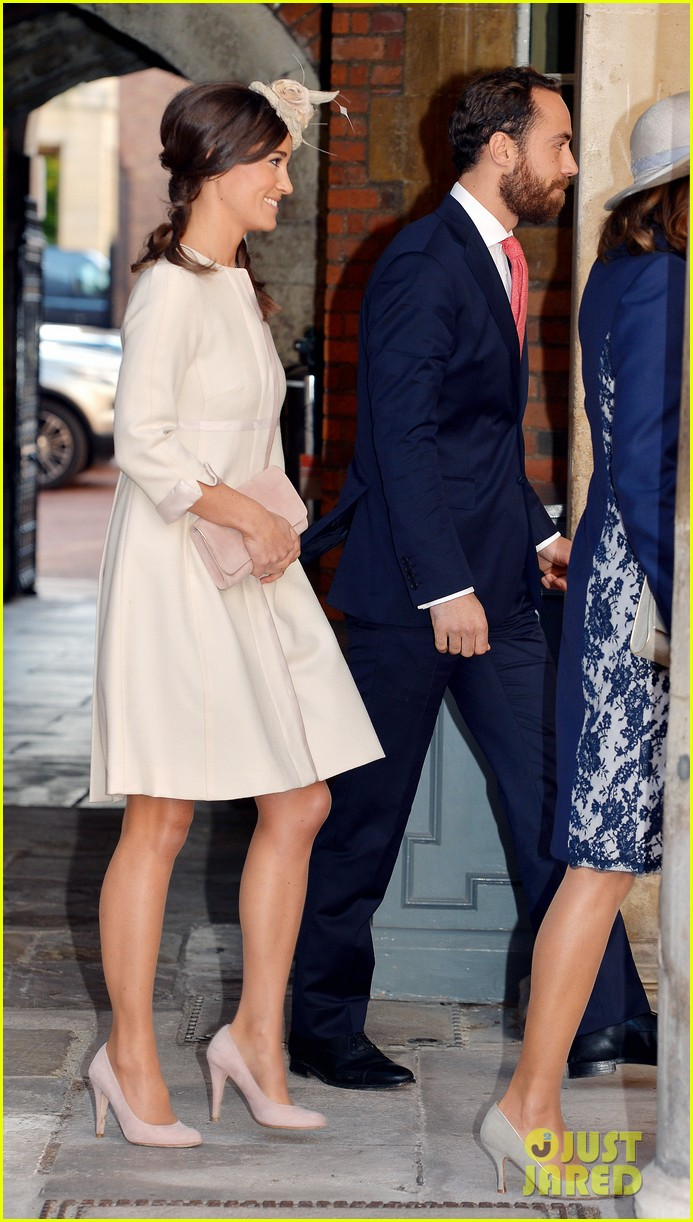 pippa middleton prince harry arrive for prince georges christening 03
