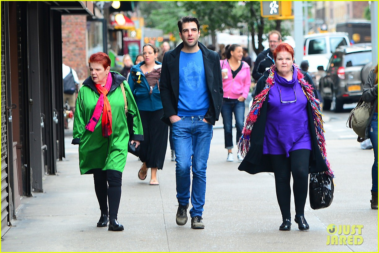 zachary quinto go see big fish on broadway 03