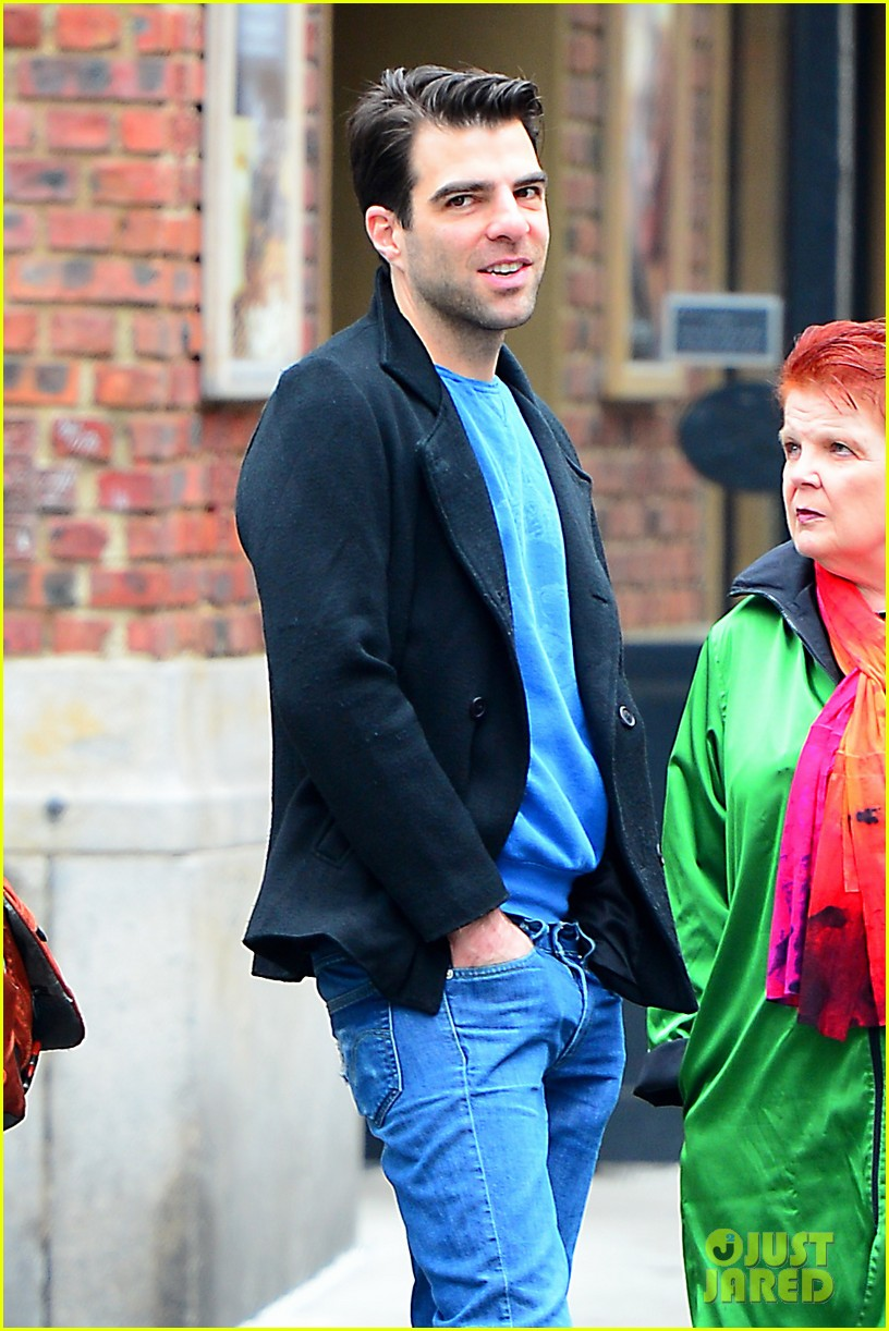 zachary quinto go see big fish on broadway 05