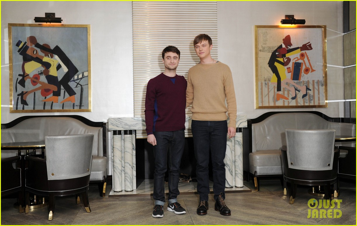 daniel radcliffe dane dehaan kill your darlings bfi photo call 02