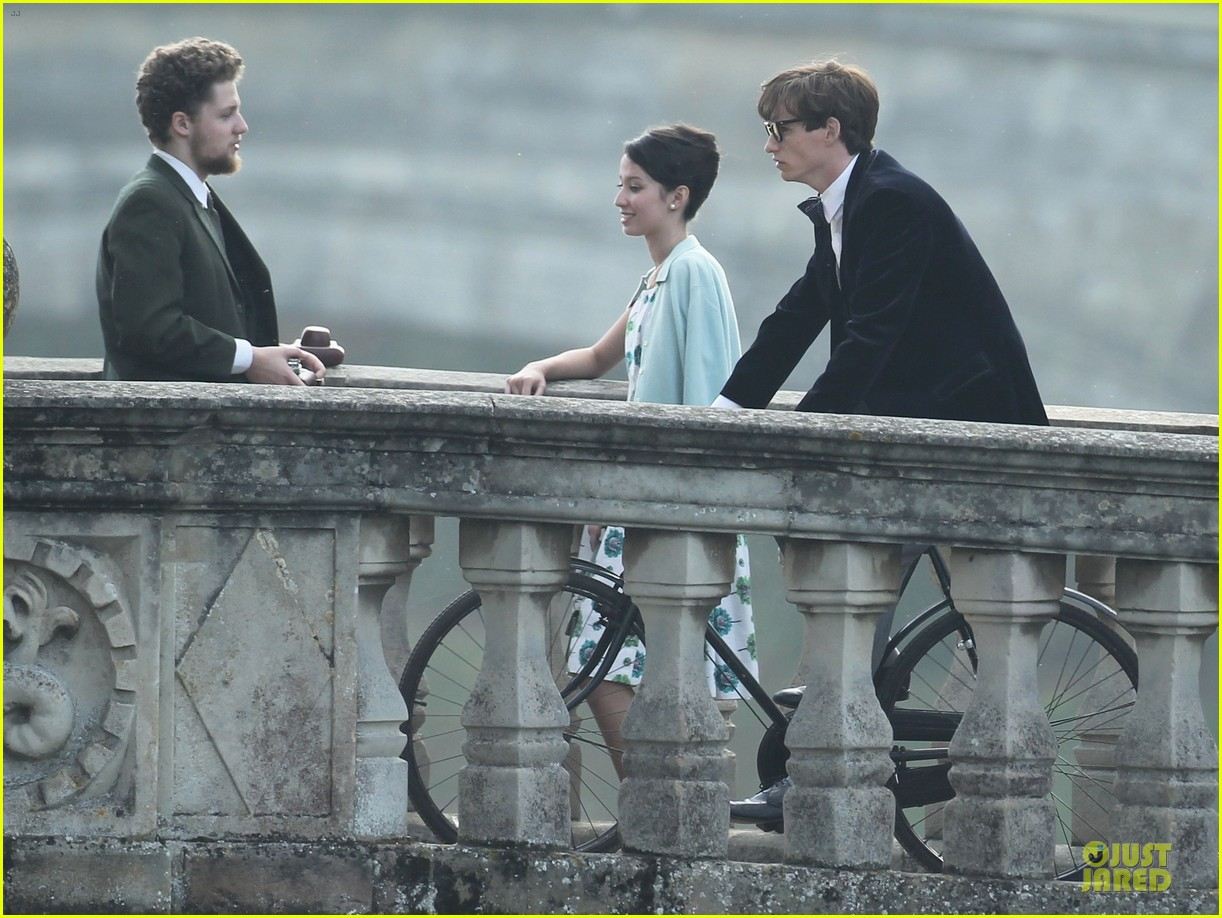 eddie redmayne felicity jones theory of everything set 17