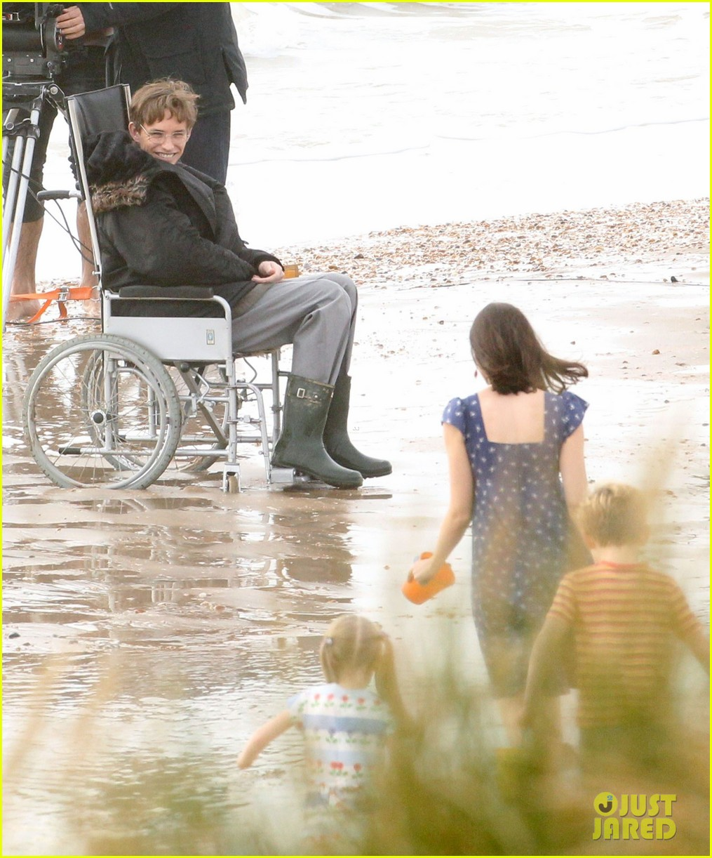 eddie redmayne gets piggy back ride on set 13