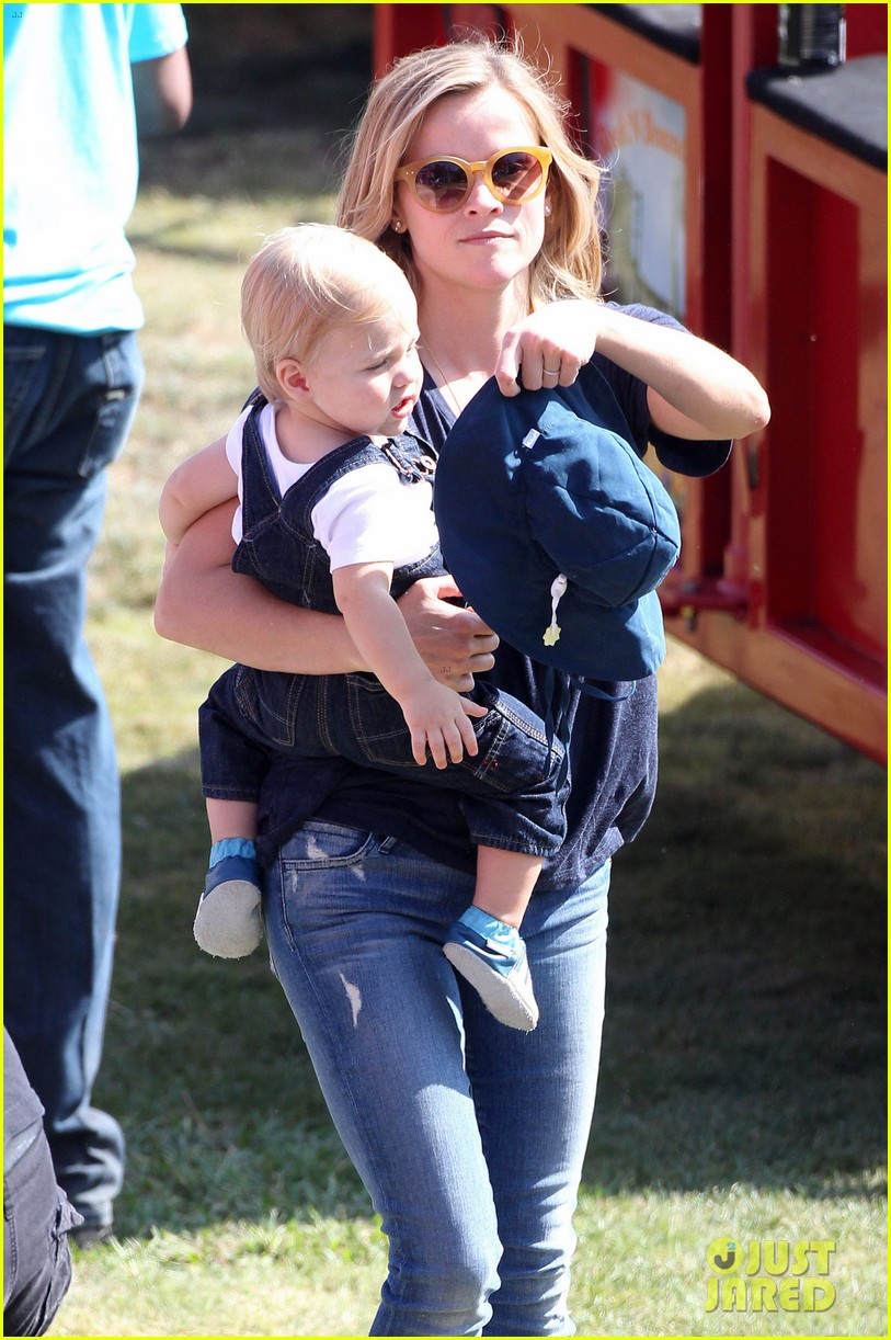 reese witherspoon jim toth brentwood corn festival 272976132