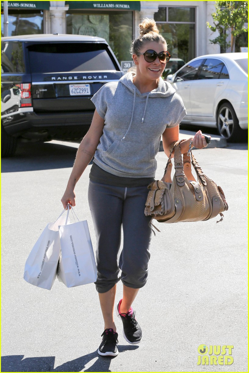 leann rimes embraces fall goes on pumpkin spree 17