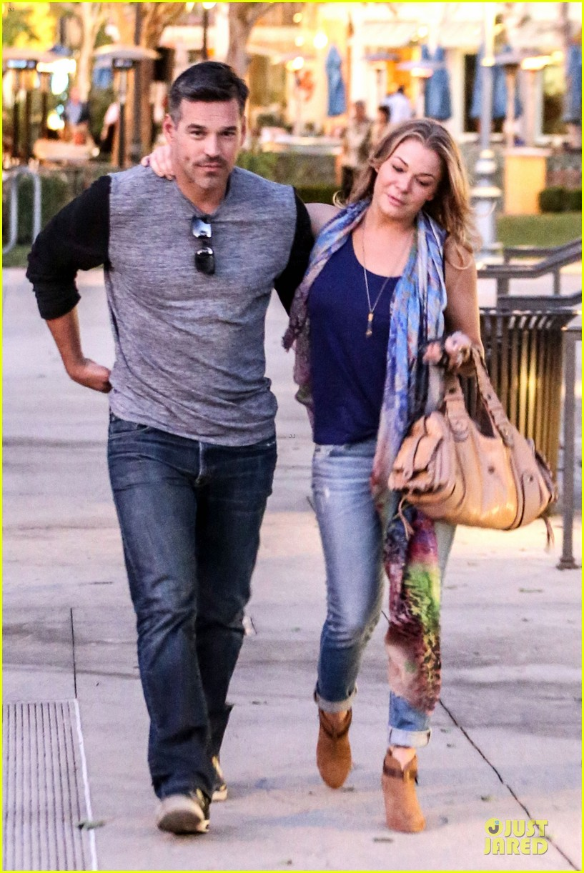 leann rimes sushi dinner date with my man eddie cibrian 05