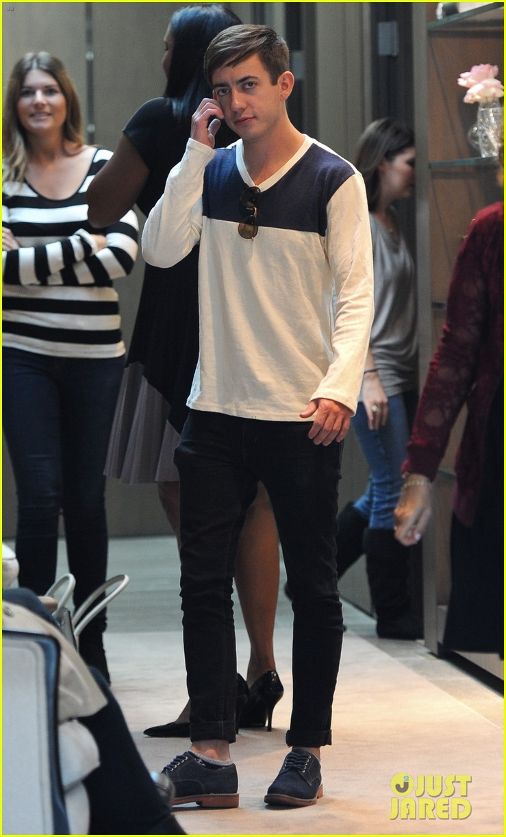 naya rivera goes wedding dress shopping with kevin mchale 152970797