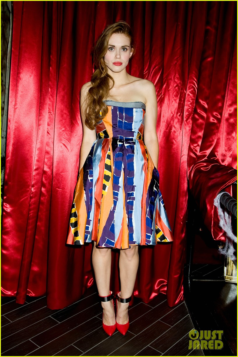 holland roden teen wolf cast just jared halloween party 2013 04